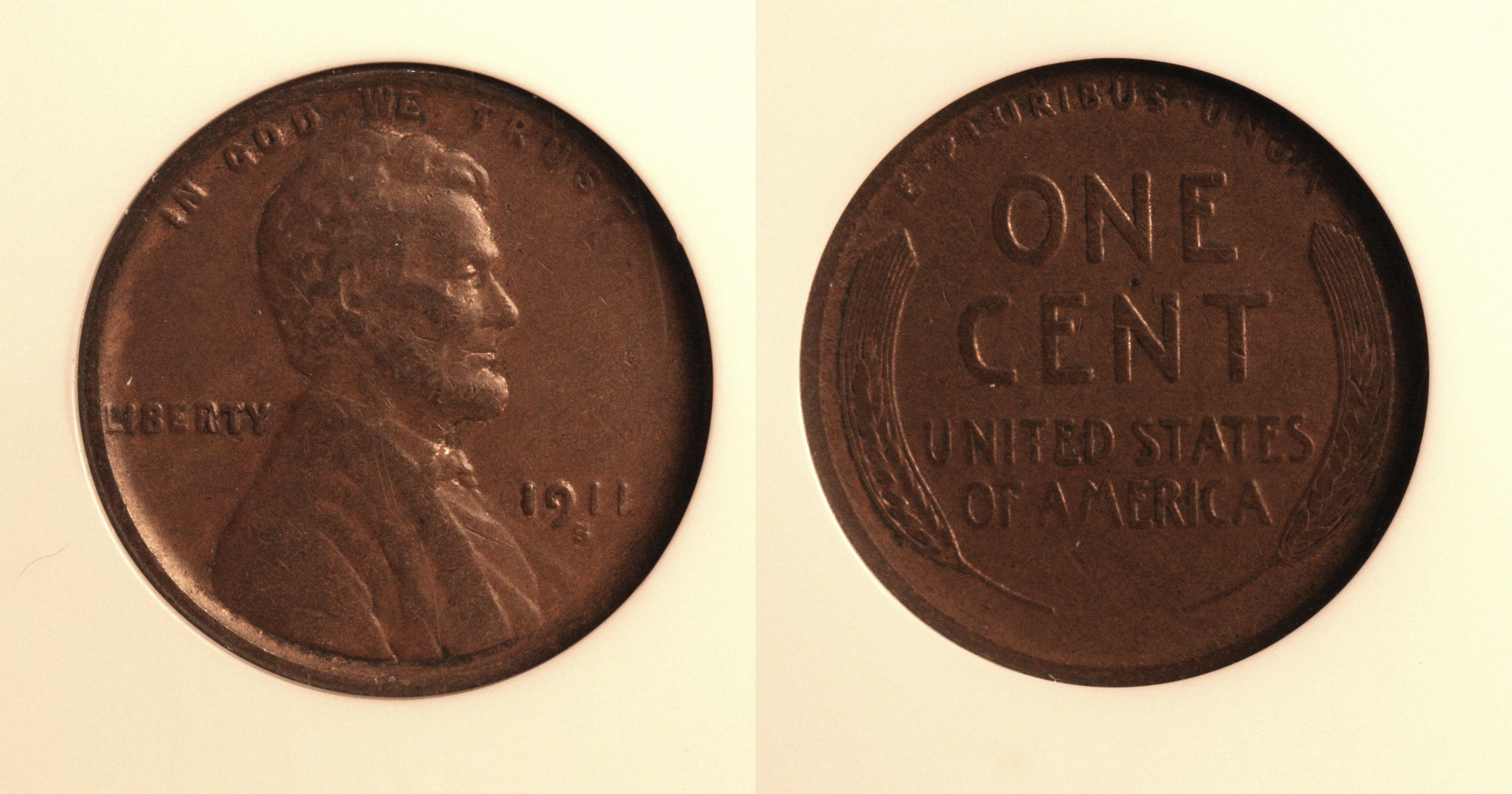 1911-S Lincoln Cent NGC VF-30 camera